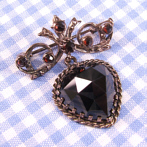 "Silver Brooch with Garnets ""Clara"""