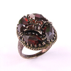 "Silver Ring with Garnets ""Teresa"""