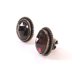 garnet earring antic jewellery